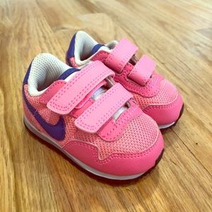 EUC Nike Toddler size 3 (3C) sneakers